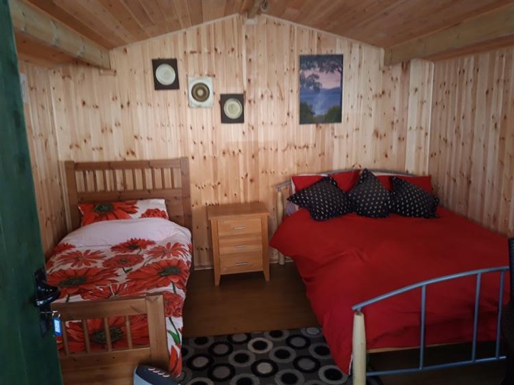 crown inn riverside campsite - 10
