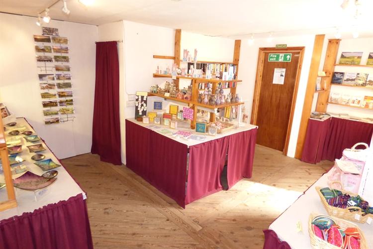 craft shop with accomodation - 8