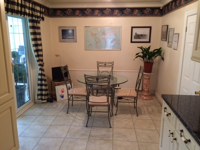 freehold detached guest house - 8