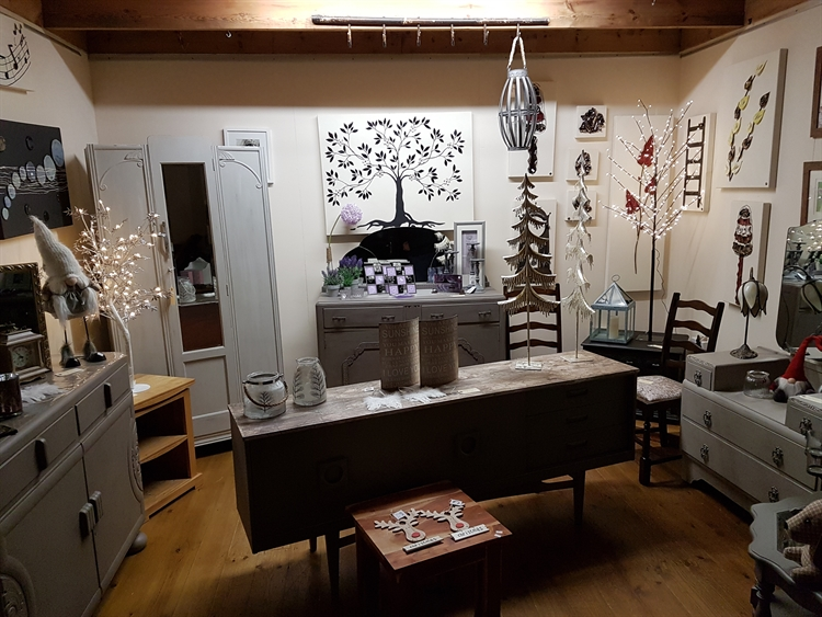 gift shop coffee shop - 6