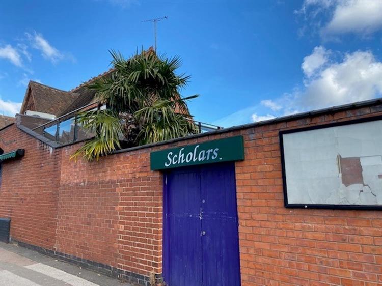 leasehold bar music venue - 14