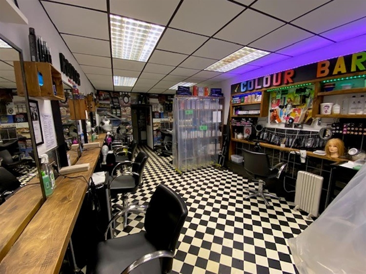 freehold unisex hair salon - 4