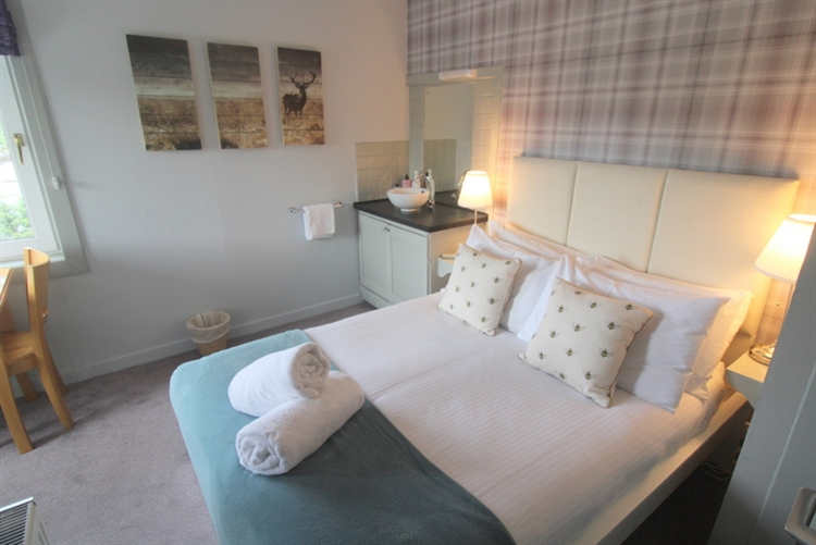 exceptional guest house self-catering - 8