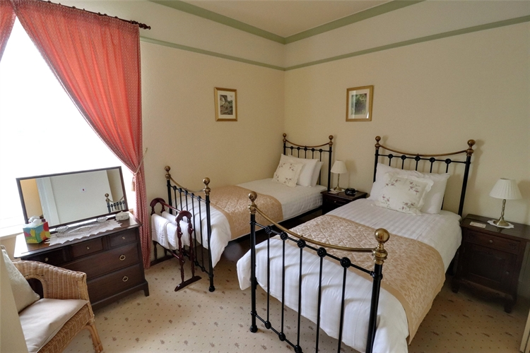 successful guest house minehead - 10