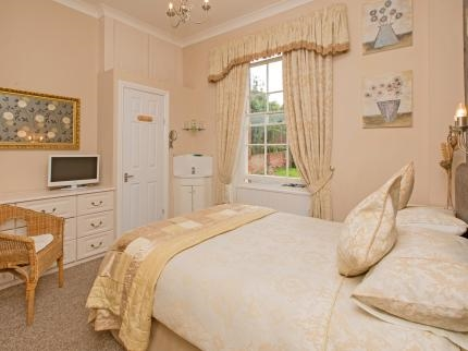 price reduction beautifully presented - 8