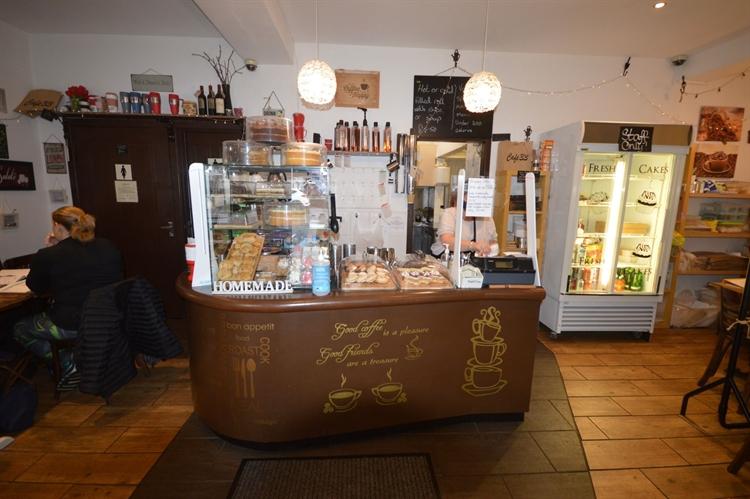 cafe takeaway up market - 5