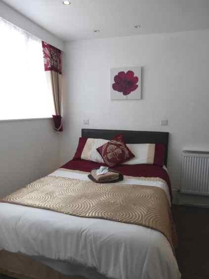 eleven bed hotel ten - 4