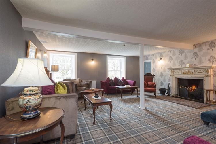outstanding historic castle hotel - 4