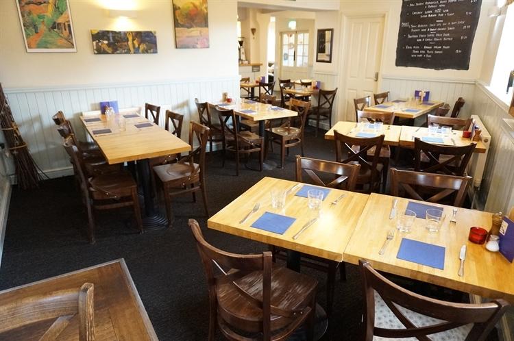pub restaurant with letting - 4
