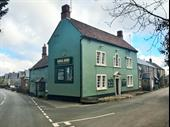 Well Located And Beautifully Presented Character Freehouse For Lease