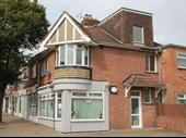 Freehold Two Bedroom Flat Garden Hair Salon Lancing For Sale