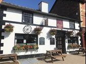 Mid Wales Attractive Free House In Llanidloes For Sale